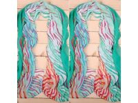 Retro fashion scarf