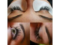 Christmas / NYE appointments available! Full Set Eyelash Extensions ONLY £35!