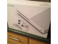 xbox one s 500gb 2 weeks old