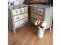 Pair of Queen Anne style chest of drawers
