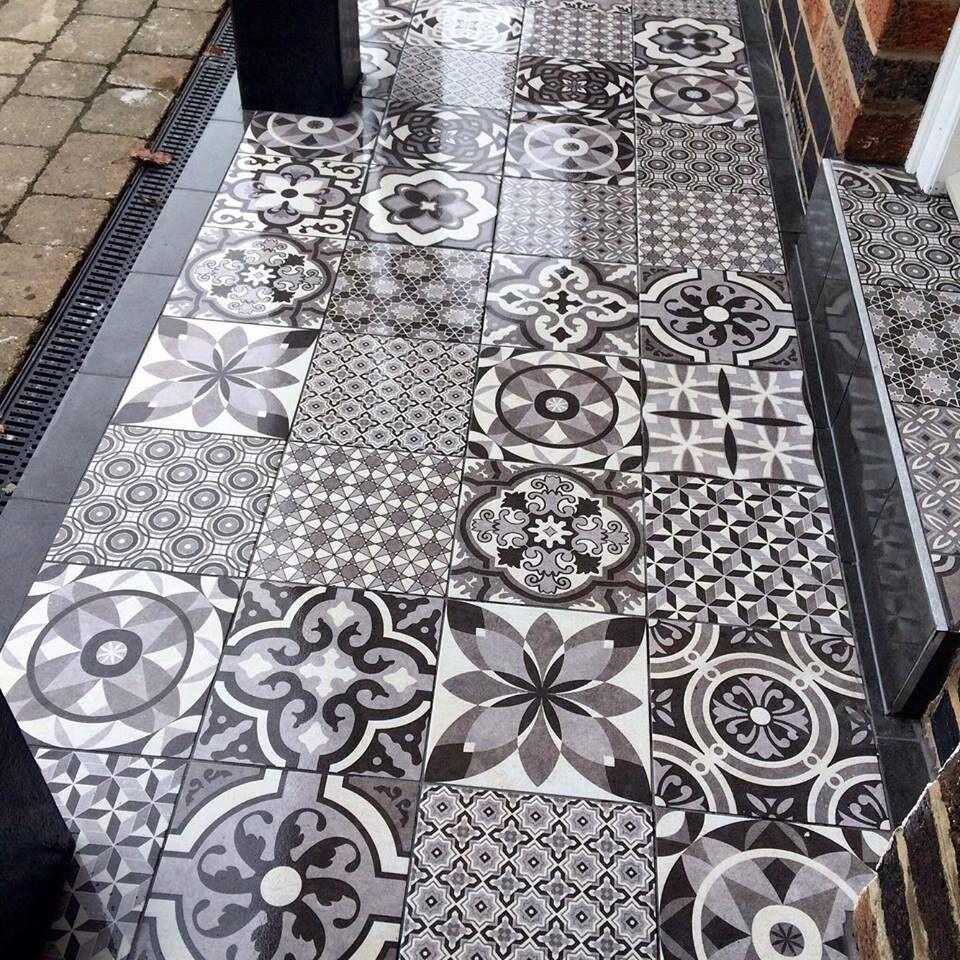 Castle Ceramics. Wall & floor tiling Nottingham tiler | in ...