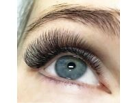 Looking for semi permanent eyelash models (Russian volume and classic lashe )