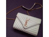 BEAUTIFUL WHITE CLUTCH HANDBAG PURSE WALLET DESIGNED INSPIRED