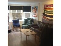 Room for rent for July till mid August in west end of Glasgow