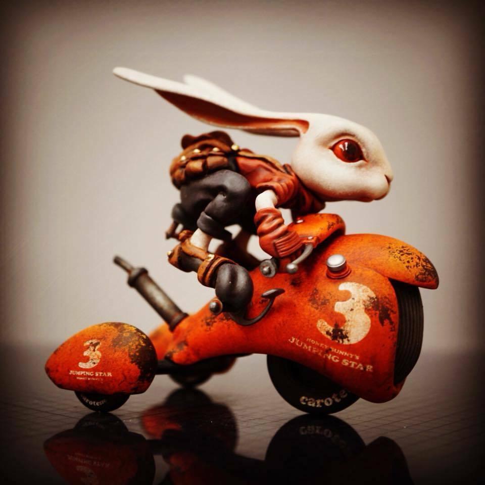Details about 1:12 Resin Figure Model Kit Rabbit with Moto Garage Unpainted  Resin Unassambled