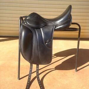 Vega Monoflap Dressage Saddle 16.5inch Black East Branxton Cessnock Area Preview