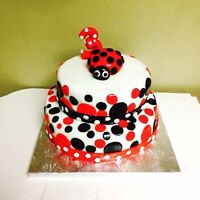 Custom cakes, cupcakes, cakepops for all occasions