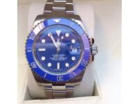 Complete box set silver bracelet with blue face rolex submariner with sweeping automatic movement