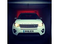 White Discovery sport 7- seater Auto