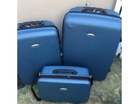 Set of 3 Hard Trolley Suitcases / Cases On 2 Wheels in blue