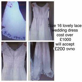 Wedding Dress GOING CHEAP!