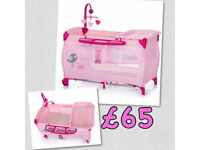 NEW IN BOX HAUCK DELUXE TWO LEVEL TRAVEL COT IN BIRDIE PINK WITH MATTRESS , CHANGING TABLE & MOBILE