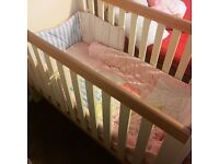 baby girl quilt and bumper - cotbed