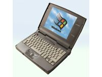 Early 1990's Working Compaq Contura 420C Laptop Windows 95 Rollerball - 400MB HD 64MB RAM