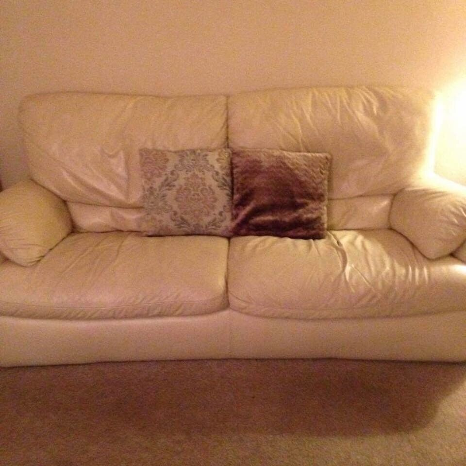 Couch needs gone by saturday