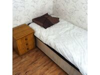 Single bedroom with the rent of £250 ,£250 deposit and £10 for Internet per month