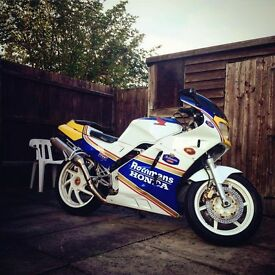 Lovely Honda VFR 400 NC24 1988, absolute classic and a stand out bike