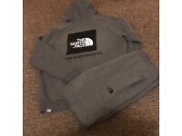 The North Face full tracksuit XL/LG