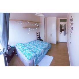 Double Room - Sharehouse+LivingRoom+Garden - Zone 2 - 650£