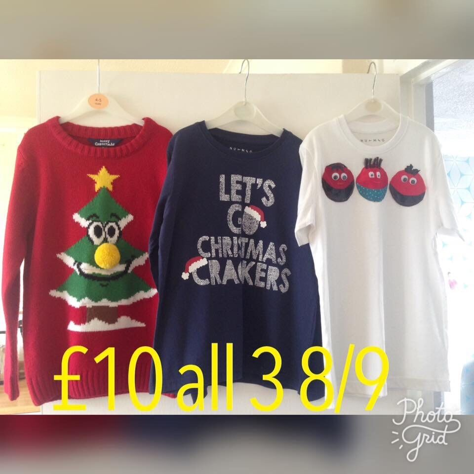 Christmas tops 8/9yrs
