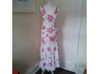 Beautiful ladies pink summer dress UK size 8