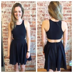 Lululemon Away Dress - Size 8