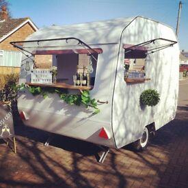 Vintage caravan prosecco bar - Mobile bar hire - Crabb & Fox Mobile Bar Hire - Caravan bar