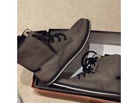 Casual boots by TERRA PLANA size 8