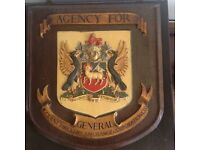 GENERAL ACCIDENT FIRE & LIFE ASSURANCE CO. LTD COAT OF ARMS WALL PLAQUE.