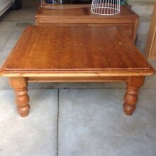 Huge solid wood coffee table Albury Albury Area Preview