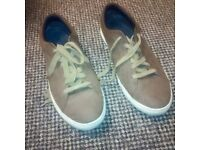 Men's Tan Shoes (size 8)