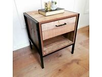 Industrial style metal wood bedside cabinet / lamp side table 1 drawer