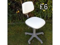 White Adjustable Office/Computer Chair