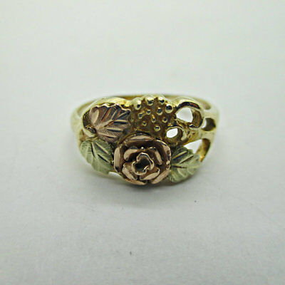 10k Yellow Gold Black Hills Gold Colored Leaves with Dakota Rose Size 7.5 B9656 ()