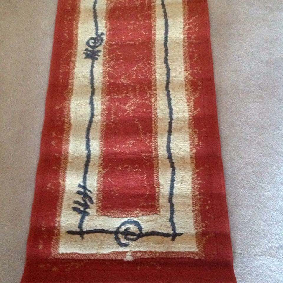 Runner Rug red and cream