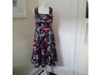 Lovely midi length flowing floral summer dress by Nomads UK size 12