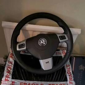 Vauxhall Astra MK5 steering wheel
