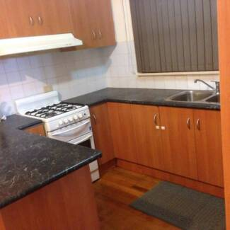 2 rooms available (Preferable Females) Thomastown Whittlesea Area Preview