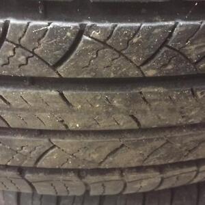 4 pneus d'été 225/65/17 Michelin Latitude Tour, 45% d'usure, 6/32 de mesure