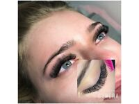 Eyelash extensions russian volume
