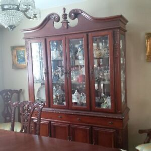 DINING TABLE SET  **NEGOTIABLE**