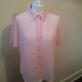 Ladies sheer short sleeved blouse in baby pink UK size 14