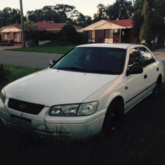 1998 Toyota Camry Sedan, well maintained, USB music player Thornlie Gosnells Area Preview