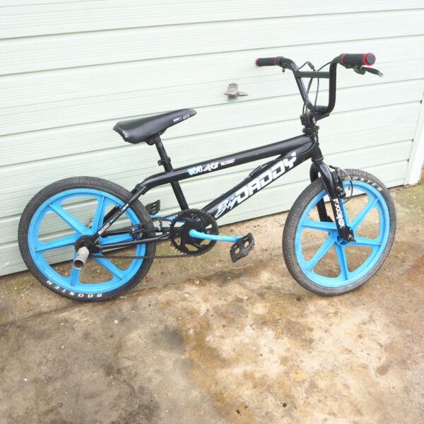 Raleigh Avenger Mountain Bike