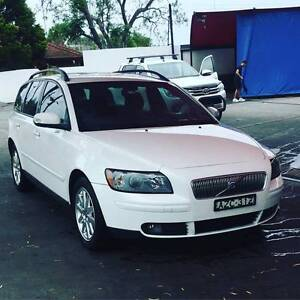 MUST SELL OWNER MOVED OVERSEAS   2006 Volvo V50 Wagon Bundall Gold Coast City Preview