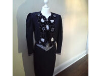 2-piece French Vintage dress suit with lots of eyecatching detail UK size 12