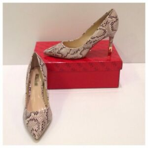 GUESS Heel Size 6 BRAND NEW