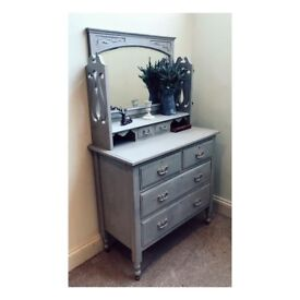 Paris grey chest of drawers shabby chic (delivery available)
