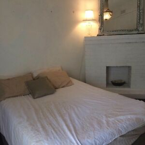 Furnished room with own entrance North Perth $200 inc bills North Perth Vincent Area Preview