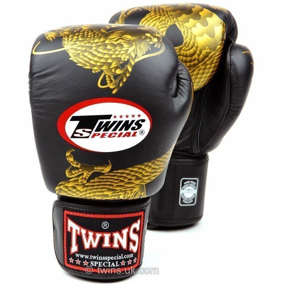 Venum Signature Kids Boxing Gloves Black Red Muay Thai Kickboxing Boxing K1